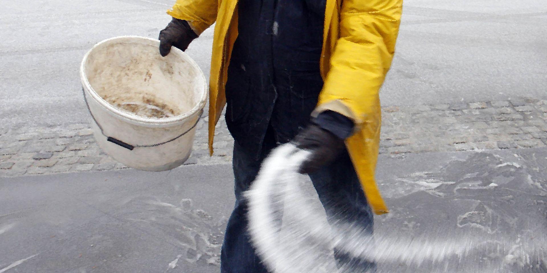Sidewalk Salting
